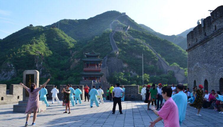 Tai-Ji-at-the-Great-Wall