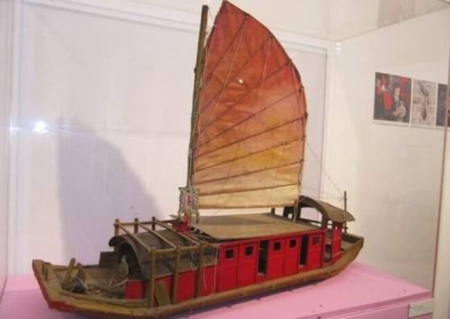 Model of an Opera Troupe Boat